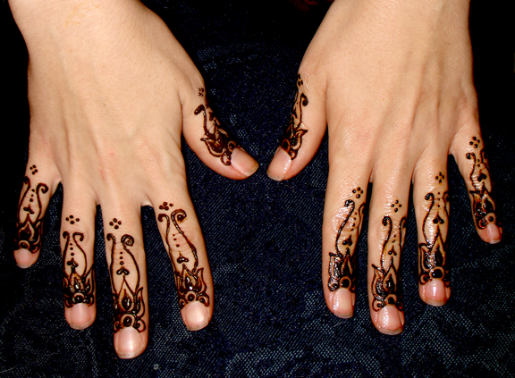 small_henna12.jpg
