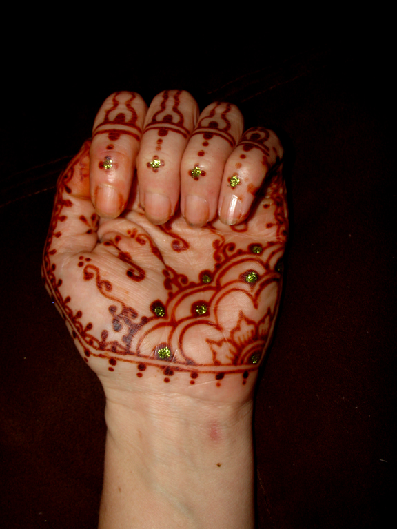 small_henna1458.jpg