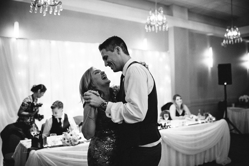 vancouver wedding photographer-665.jpg