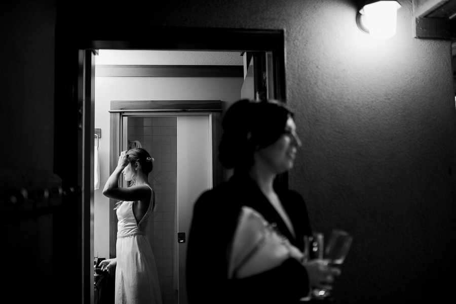 vancouver wedding photographer (23).jpg
