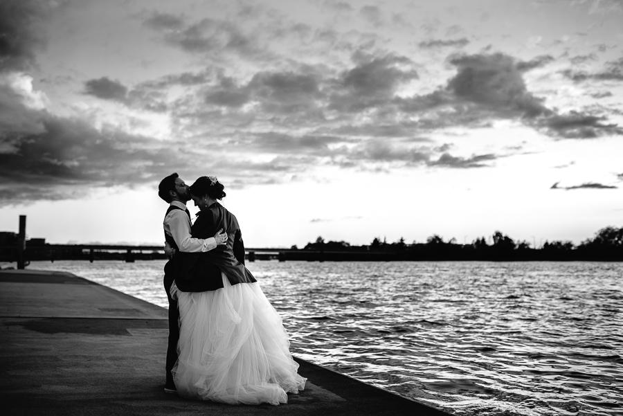ubc boathouse vancouver wedding photographer (152).jpg