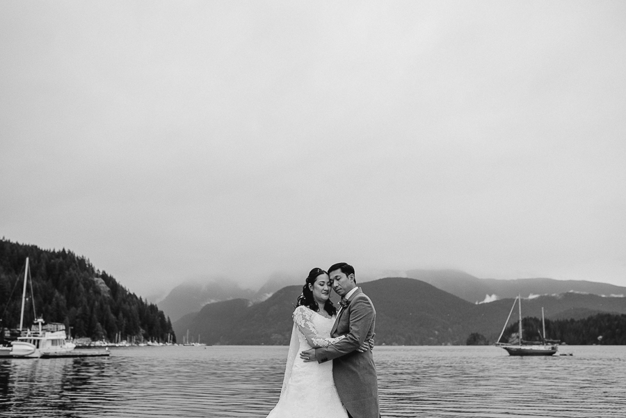 vancouver wedding photographer (31).jpg