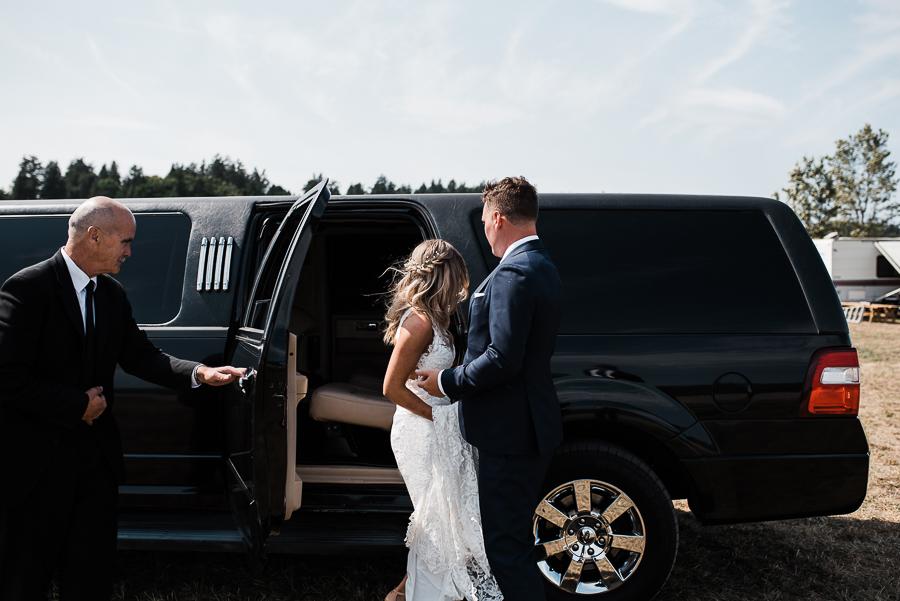 vancouver island wedding (57).jpg