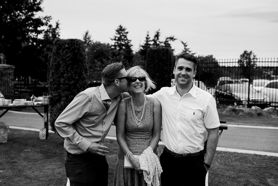 vancouver island wedding (107).jpg