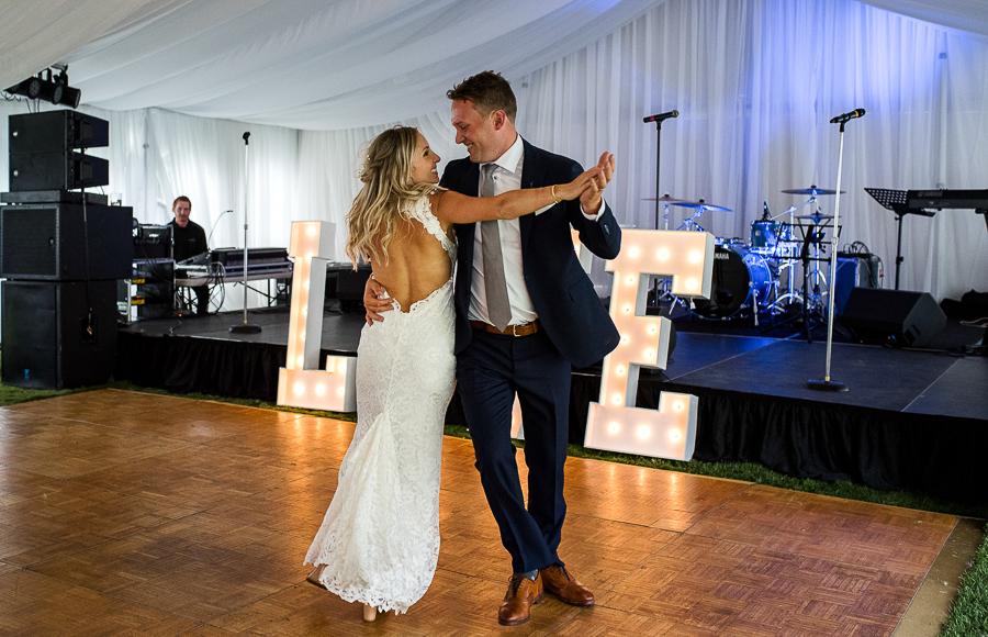 vancouver island wedding (116).jpg