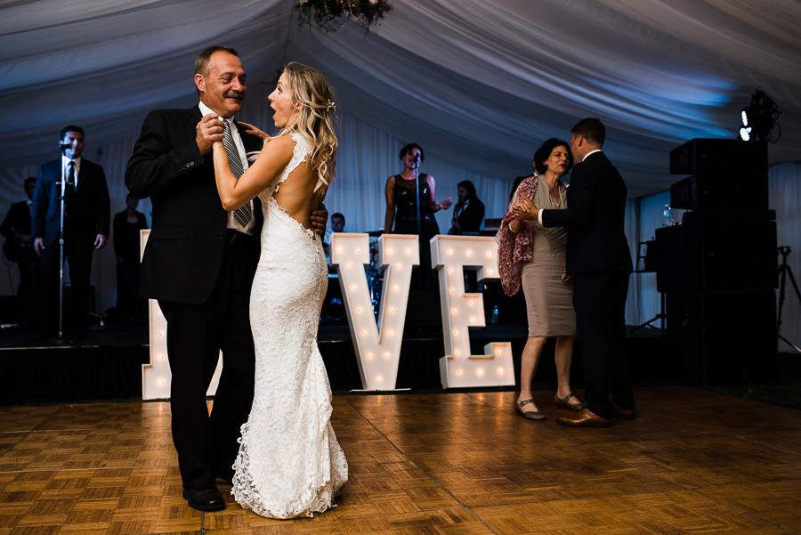 vancouver island wedding (123).jpg