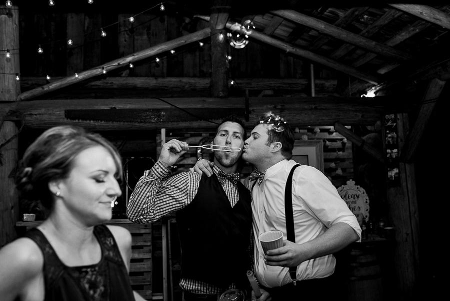 vancouver wedding photographer (1103).jpg