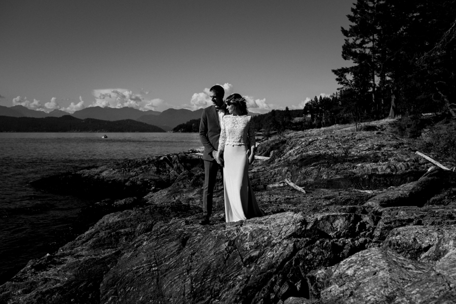 bowen island wedding photographer (121).jpg
