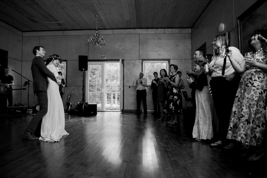 bowen island wedding photographer (188).jpg