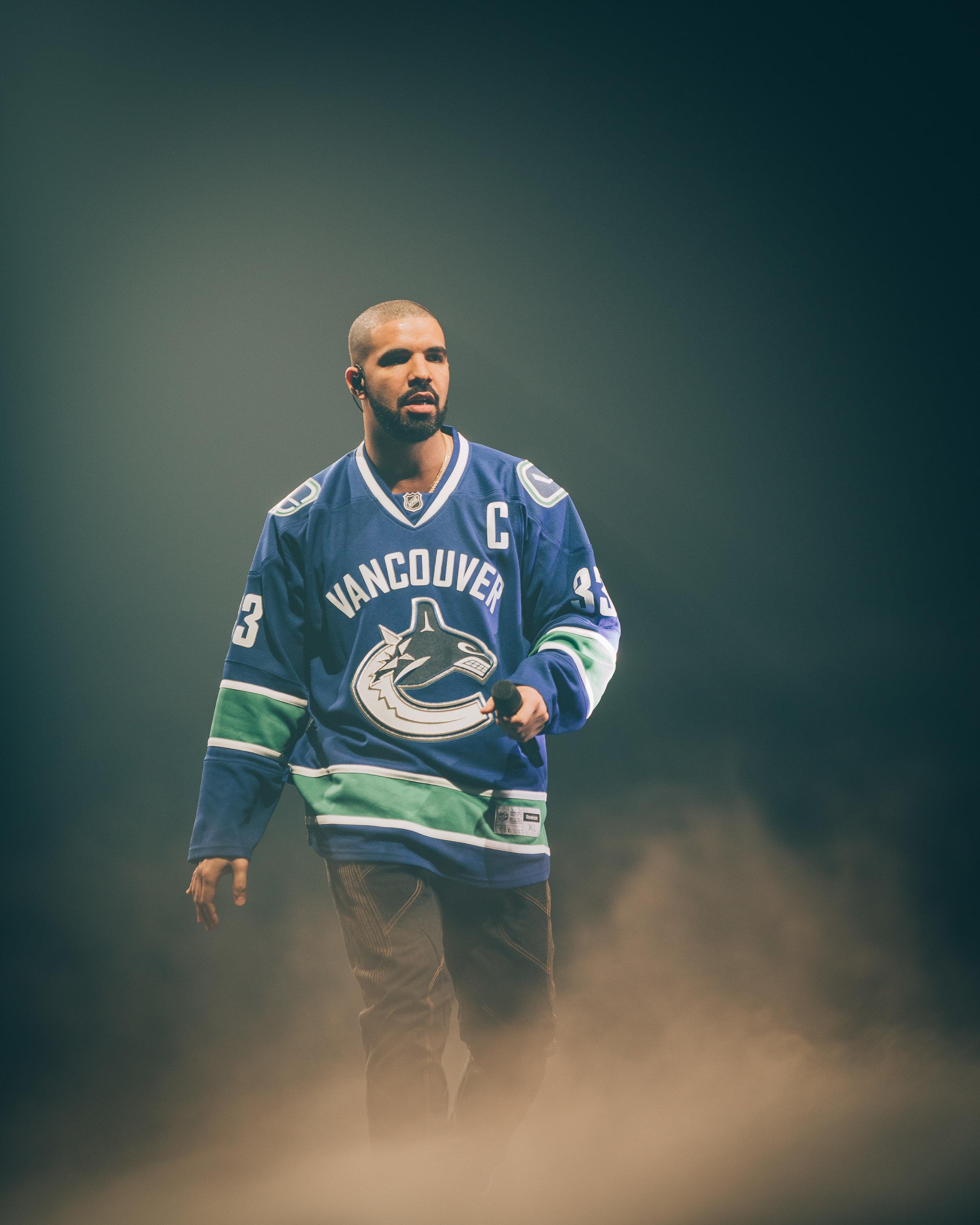 Drake-7.jpg