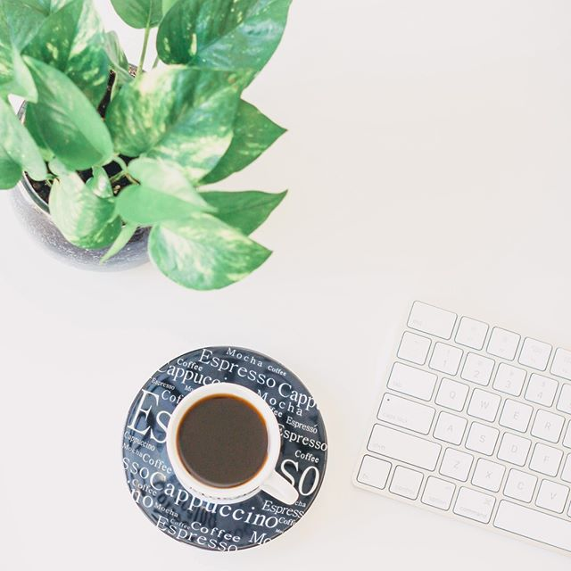 I know a lot of creative entrepreneurs who start off their morning with a cup of coffee, but I wasn't much of a coffee drinker...let's just say that I can't function without coffee now.⁣ .⁣ For some reason, tea just doesn't do it for me. Are you a coffee drinker or a tea drinker? Let me know below :)⁣ ⁣ .⁣ .⁣ .⁣ .⁣ #mycreativebiz #marketingblog #socialmediastrategy #pursuepretty #creativelifehappylife #girlboss #socialmediamanager #socialmediatips #livebeautifully #myunicornlife ⁣ #creativeentrepreneur⁣ #creativepreneur ⁣ #bosslady #tnchustler #thegramgang⁣ #savvybusinessowner