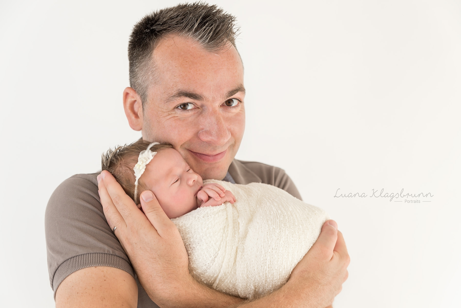 Babyfotografie Karlsruhe Luana Klagsbrunn5.jpg