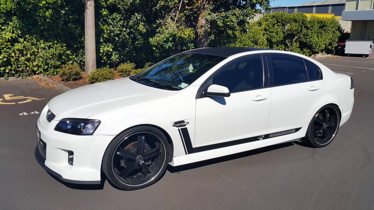 Commodore Holden 20150228_162531 [1280x768].jpg