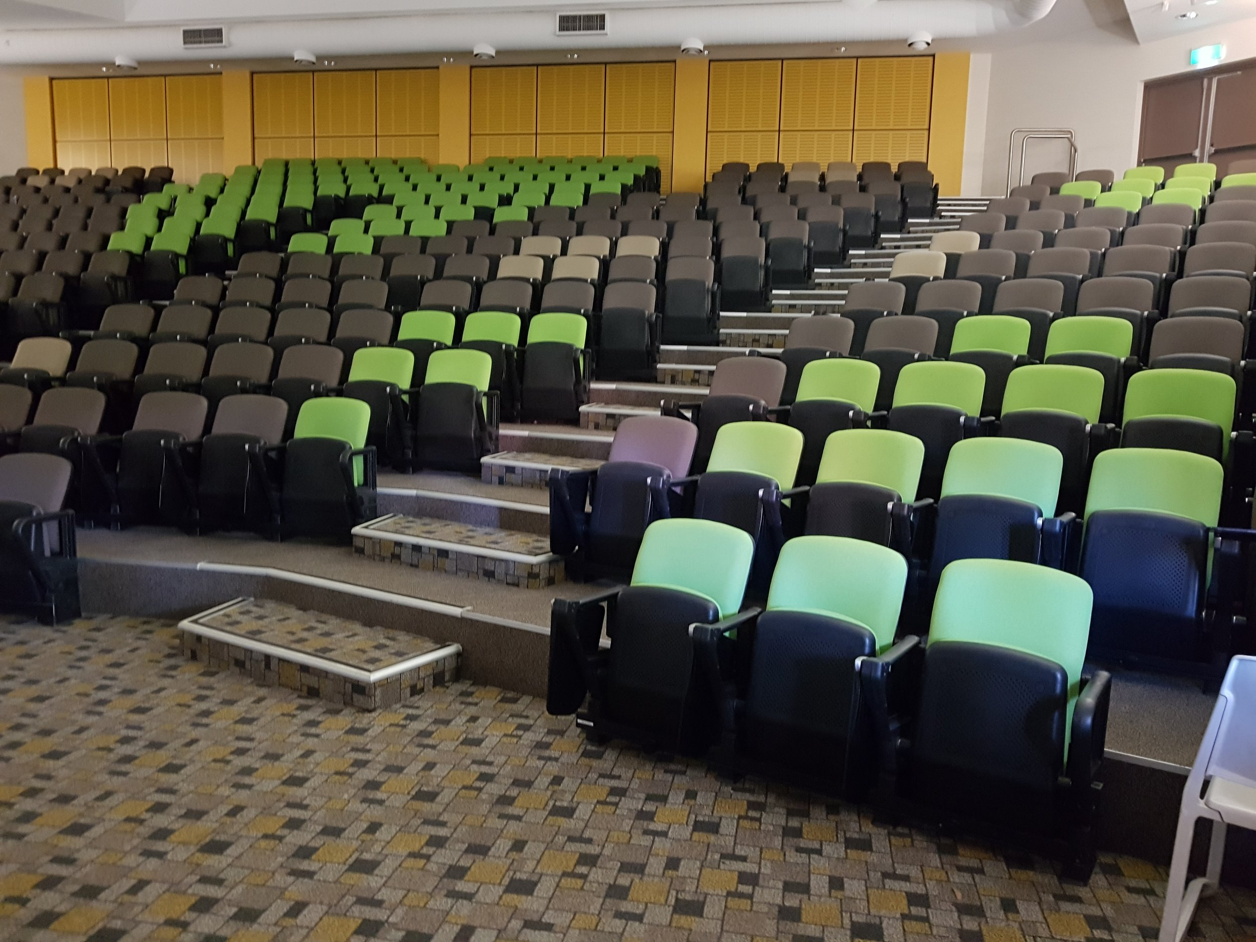G6 theatre