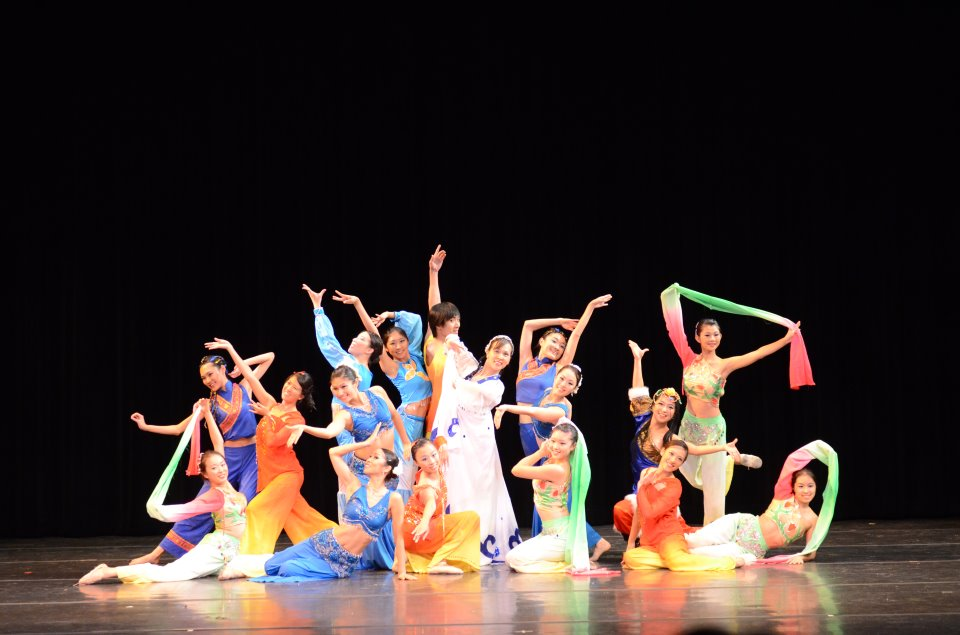 Dance Revelasian Expo 2013