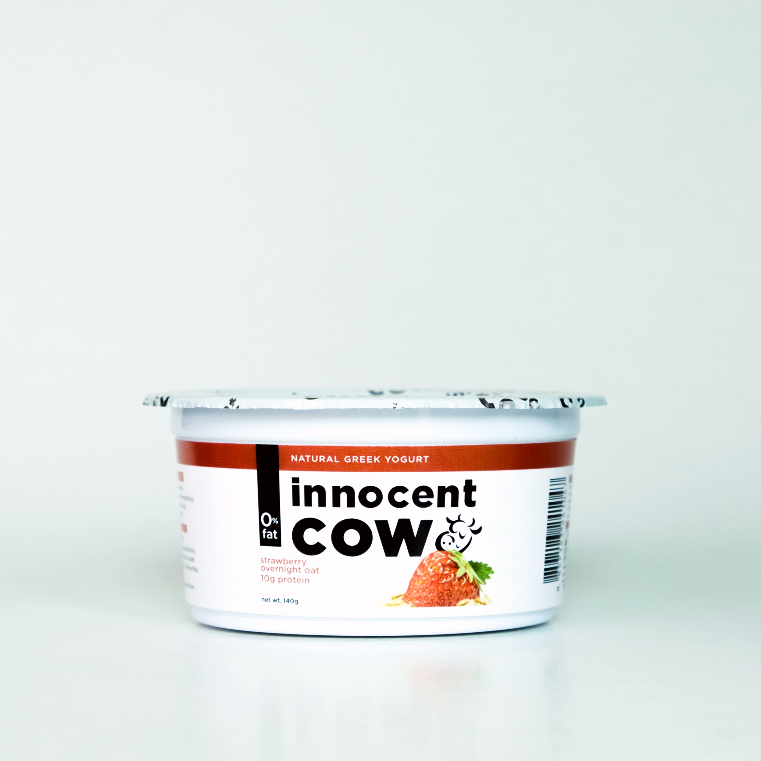 innocentcow - strawberry overnight oats 140g
