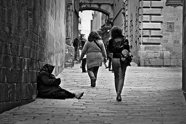 poverty-1274179_640.jpg