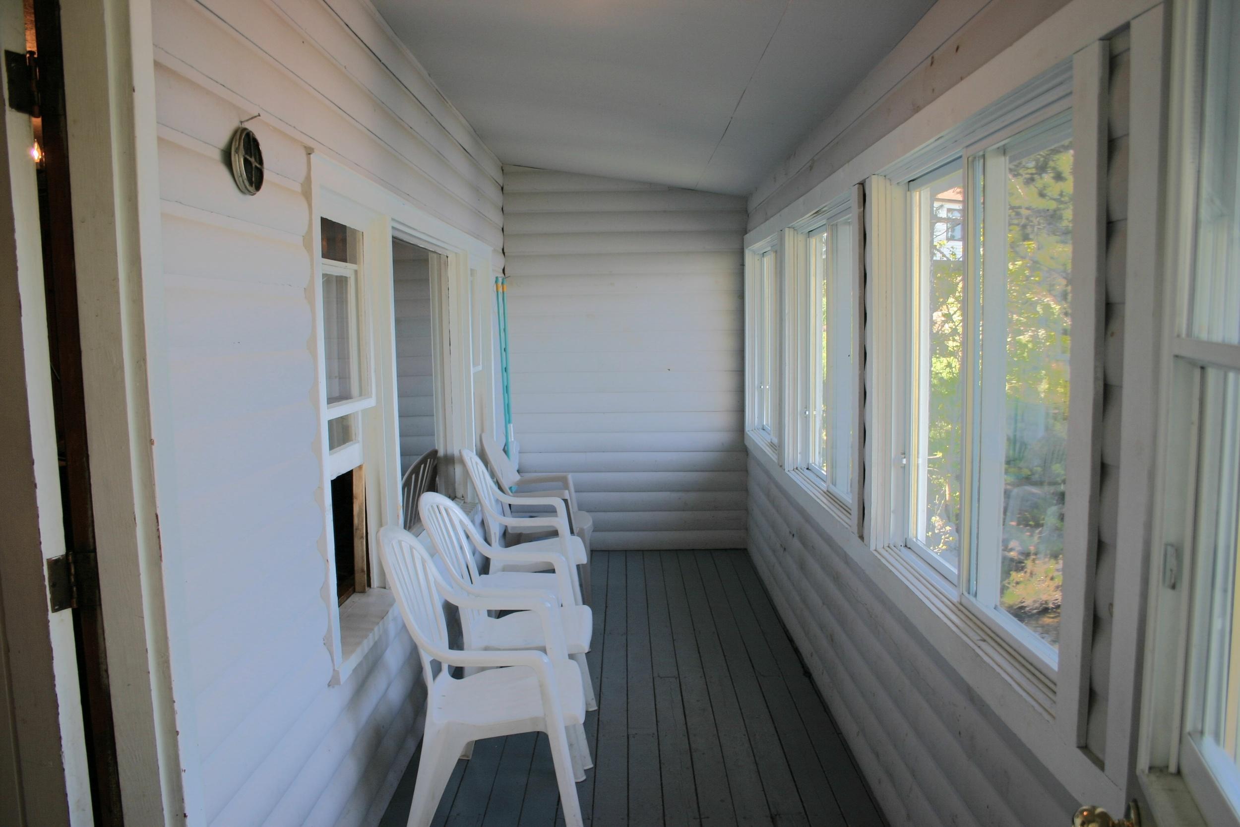 Cottage 1 Porch (1).JPG
