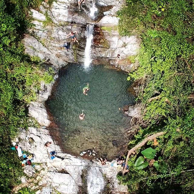 Puerto Rico is full of hidden treasures, like this natural pool outside of Ponce. I'm not too worried about the secret getting out because it's part of a network of a dozen more, all through the mountains. Also, you might have to trespass to get there 🏃🏻‍♀️... #Pickyourpool #naturalairconditioning #prune (Drone 📸 - I'm in there!: @seanahrens