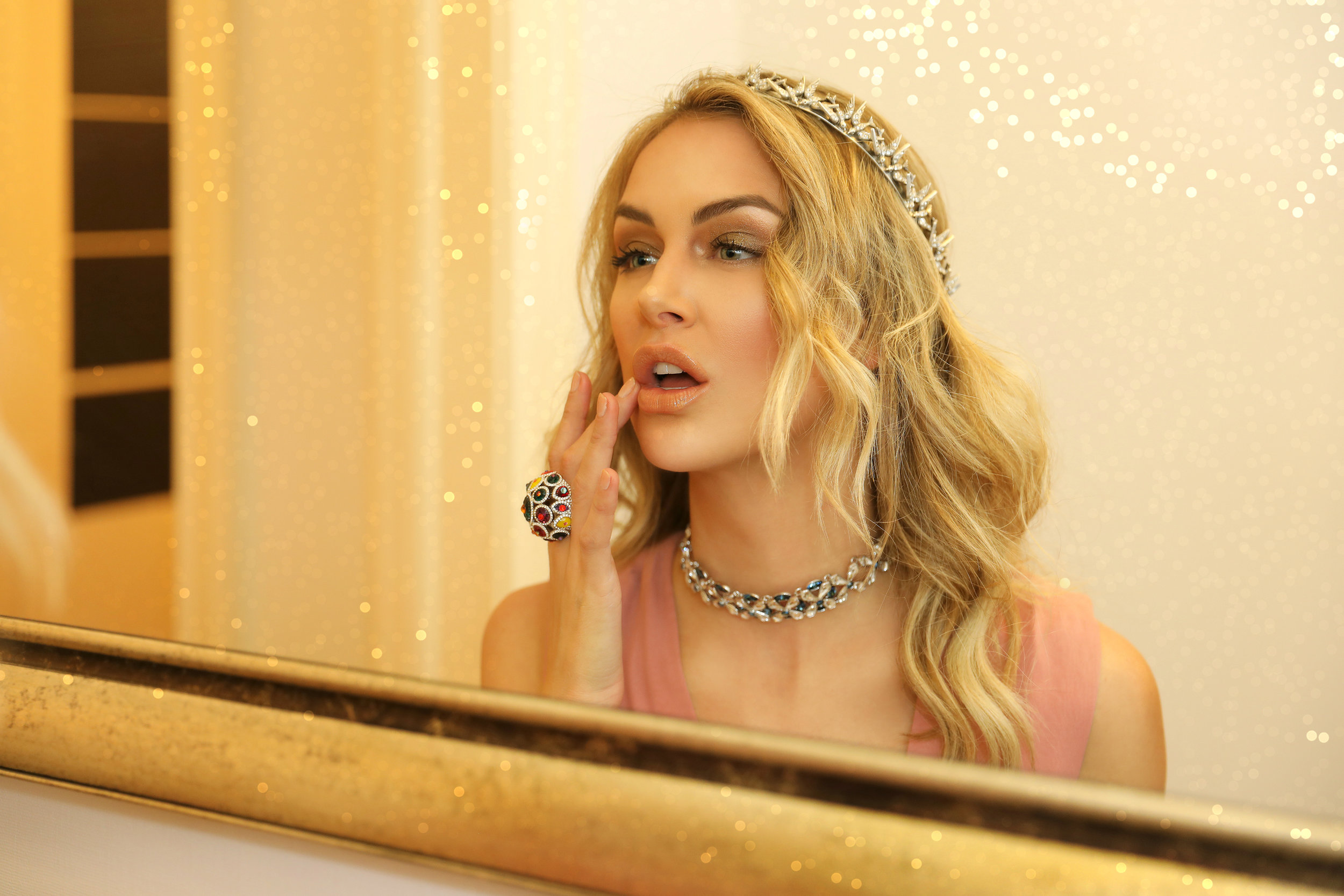 AM MAY HOLDING COURT WITH LALA KENT-8.jpg