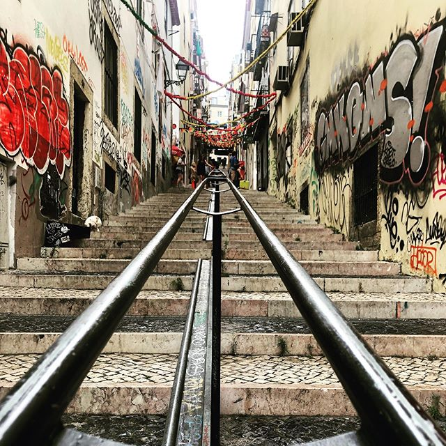 Lisbon - a colourful festive city . More fiesta, less siesta . #street #staircase #lisboa #portugal #lisbon #travel #story #architecture #black #design #summer #festival