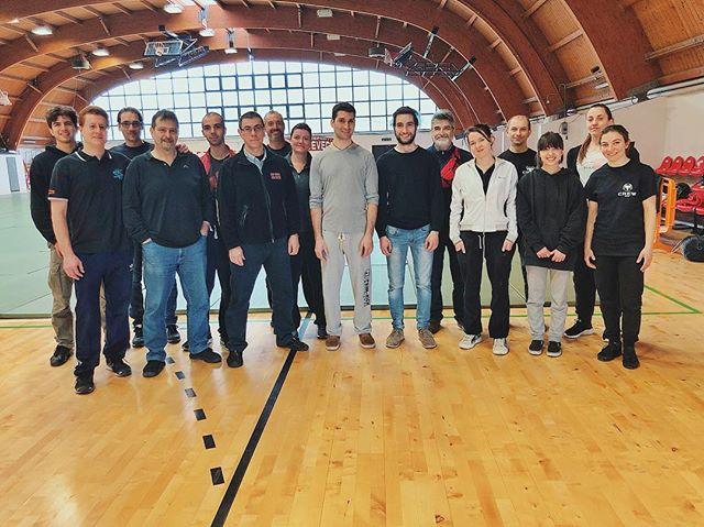 Team tatami Fujinami per il seminario con Tada Sensei a Bologna. Siamo pronti! 🙌🌊