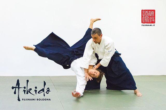 Non sai cos'è l'AIKIDO? Gennaio è il momento ideale per iniziare qualcosa di nuovo! 🔥 Lo sapevi che tutto il mese di GENNAIO è GRATUITO per chi inizia il corso PRINCIPIANTI?  Vieni a trovarci, ti aspettiamo! • 🎯 www.fujinami.it • 👥 facebook.com/aikidofujinami