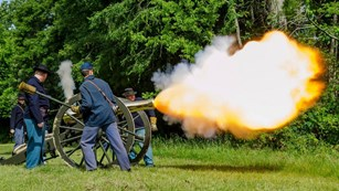 Photo: National Park Service, Vicksburg National Military Park MS, LA