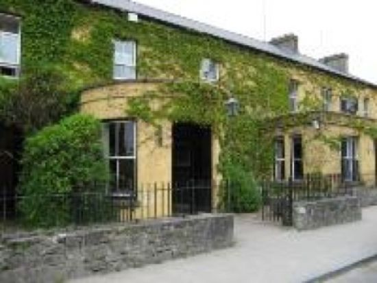 5276_dunraven_arms_hotel