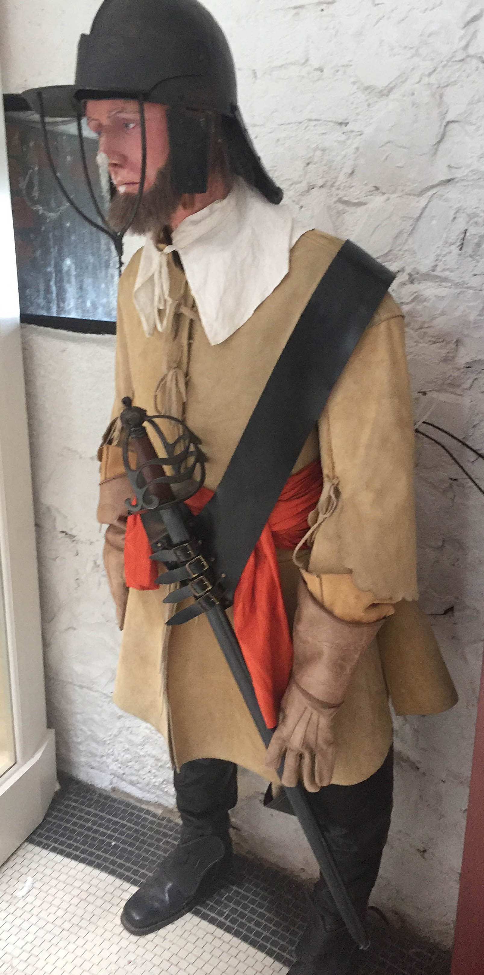 Example of a Cromwellian soldier, Millount Fort Museum (author's photo)