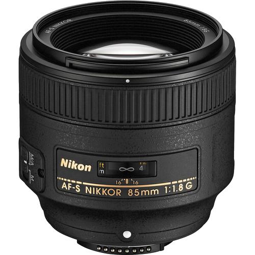Nikon 85mm f/1.8 -