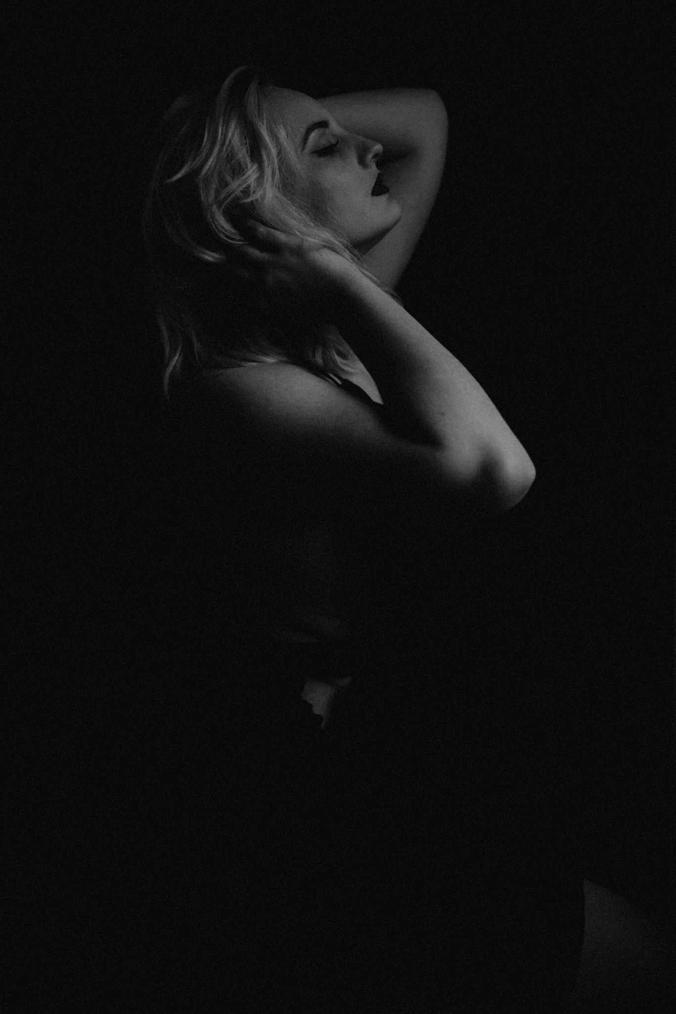 Rooney June Productions - San Antonio Boudoir-0628.jpg