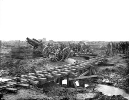 Light rail artillery guns