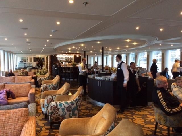 Main lounge on board Amavenita.