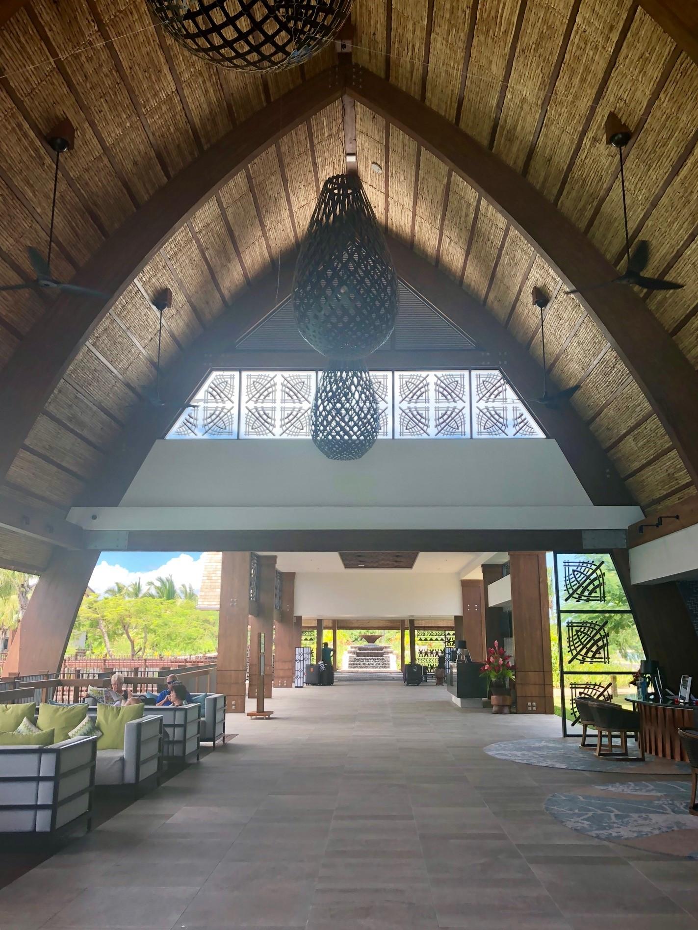 Fiji Marriot Resort Momi Bay lobby area