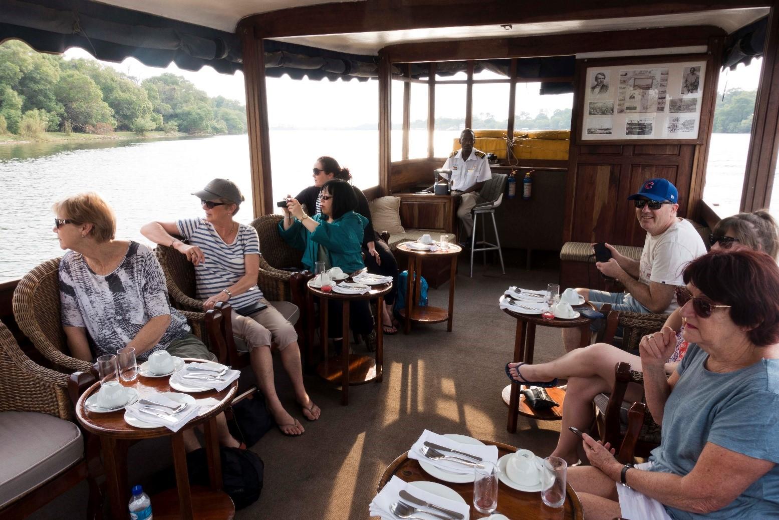 pic 9 boat.jpg
