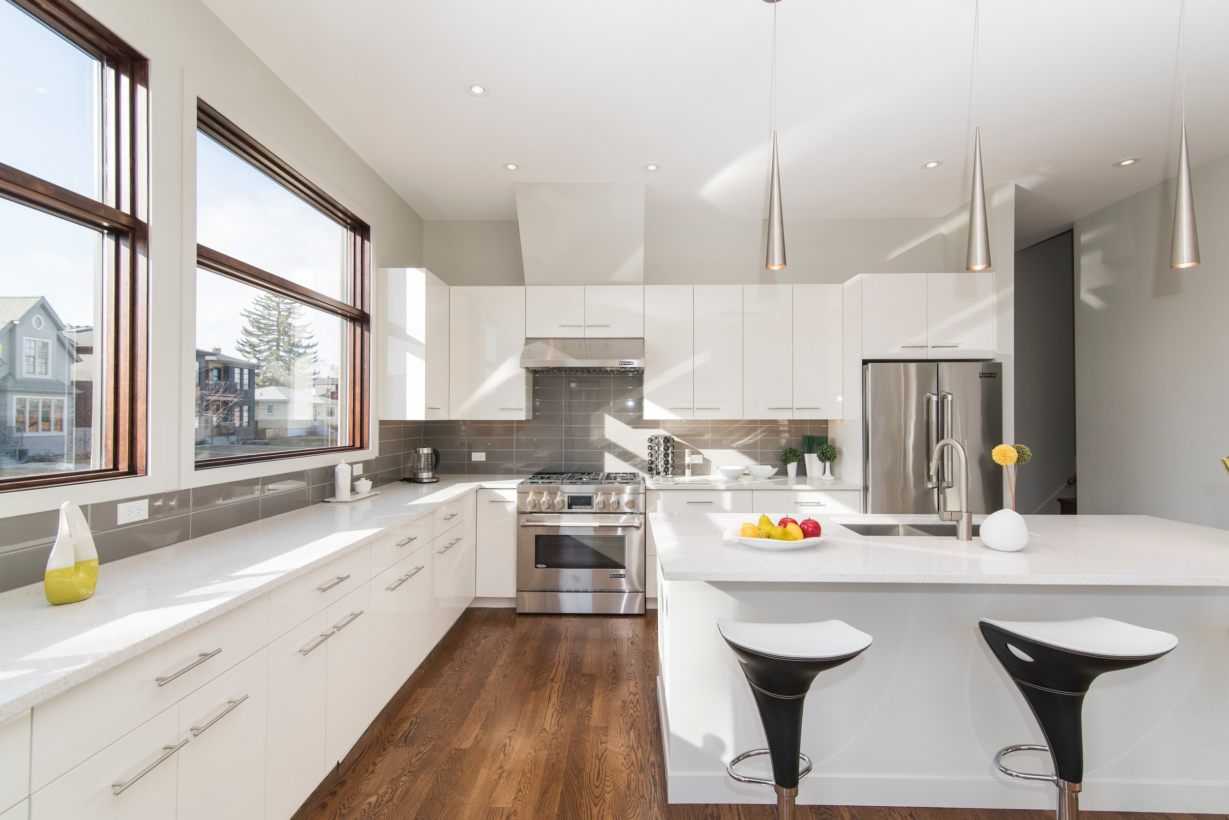 This gorgeous kitchen is ready for prime time, but if you want privacy, you'll need to buy your own blinds.