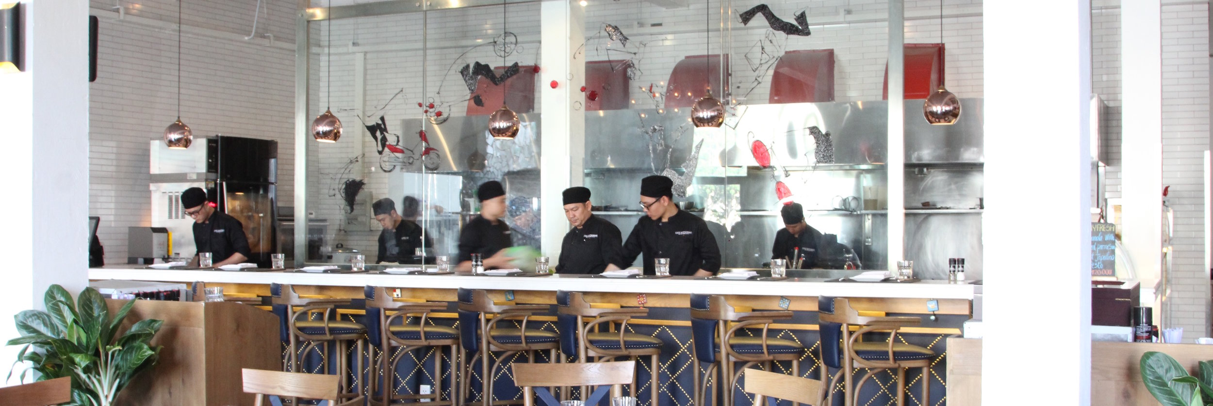 Café-Restaurant Ho Chi Minh City (9) copy.jpg