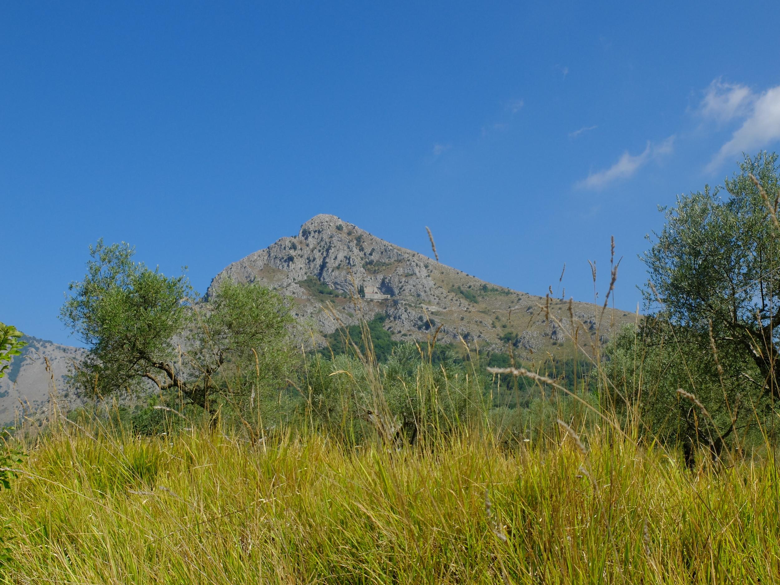 Mount Caruso, Foglianise