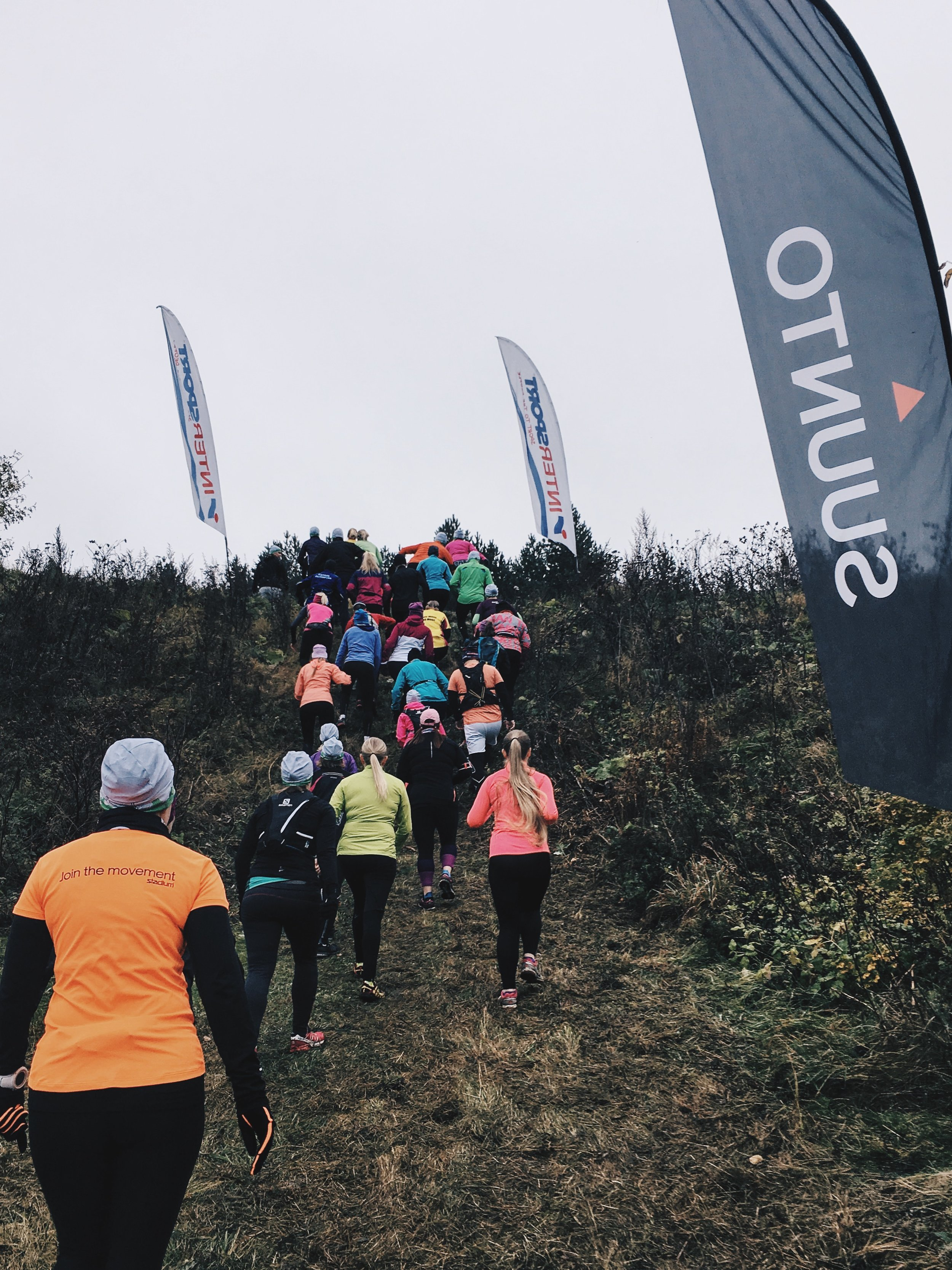 Steep hill right after the start