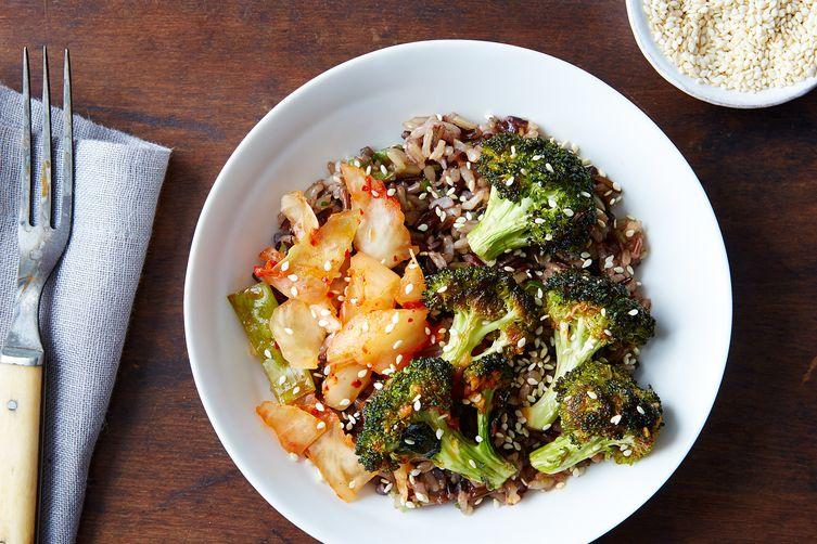 4d10fdea-8441-4dc3-acc3-fe30a46ac361--kimchi-grain-salad_food52_mark_weinberg_14-08-12_0433.jpg