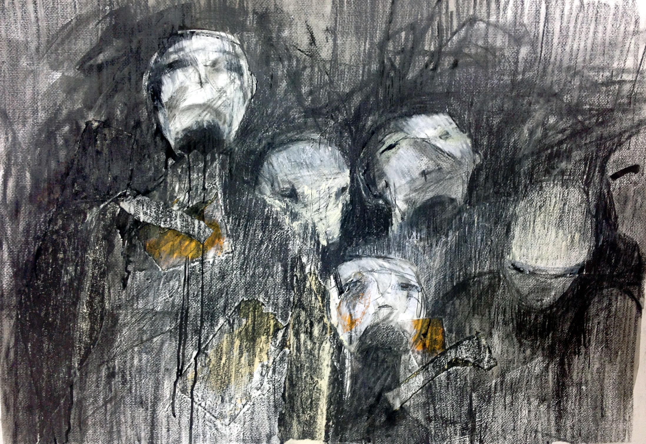 Figures 29 - Charcoal and graphite on paper, 68x96cm. 2014