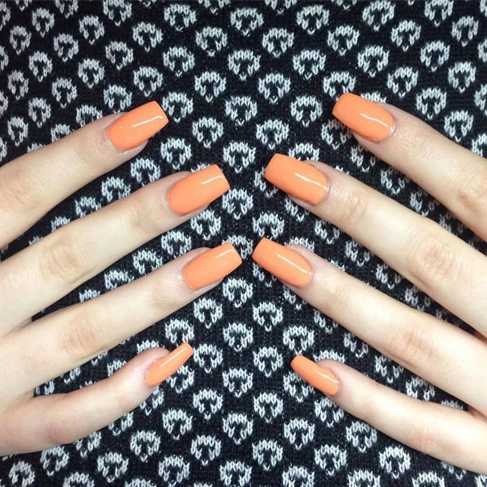 Acrylics with fresh OPI nail paint. Mmmmmmm