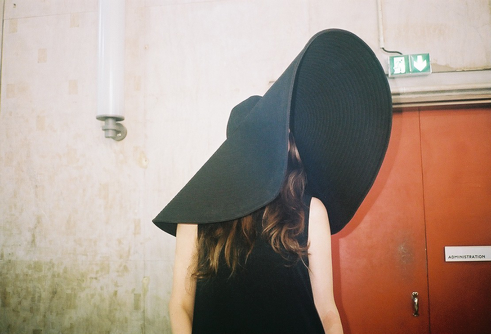 Girl in big hat.jpg