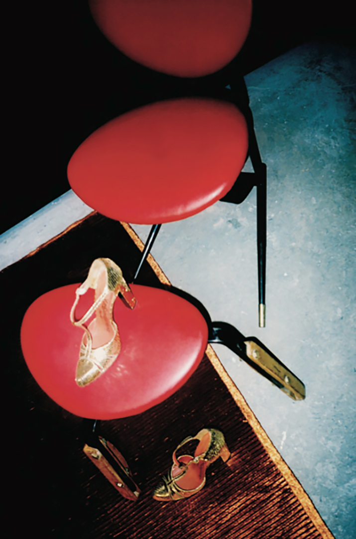 04 YSL Shoe on Mollino chair.jpg