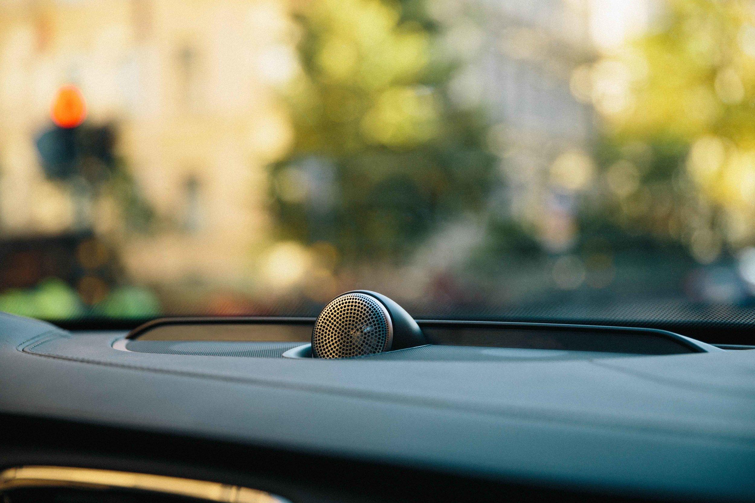 automotive-live small.jpg