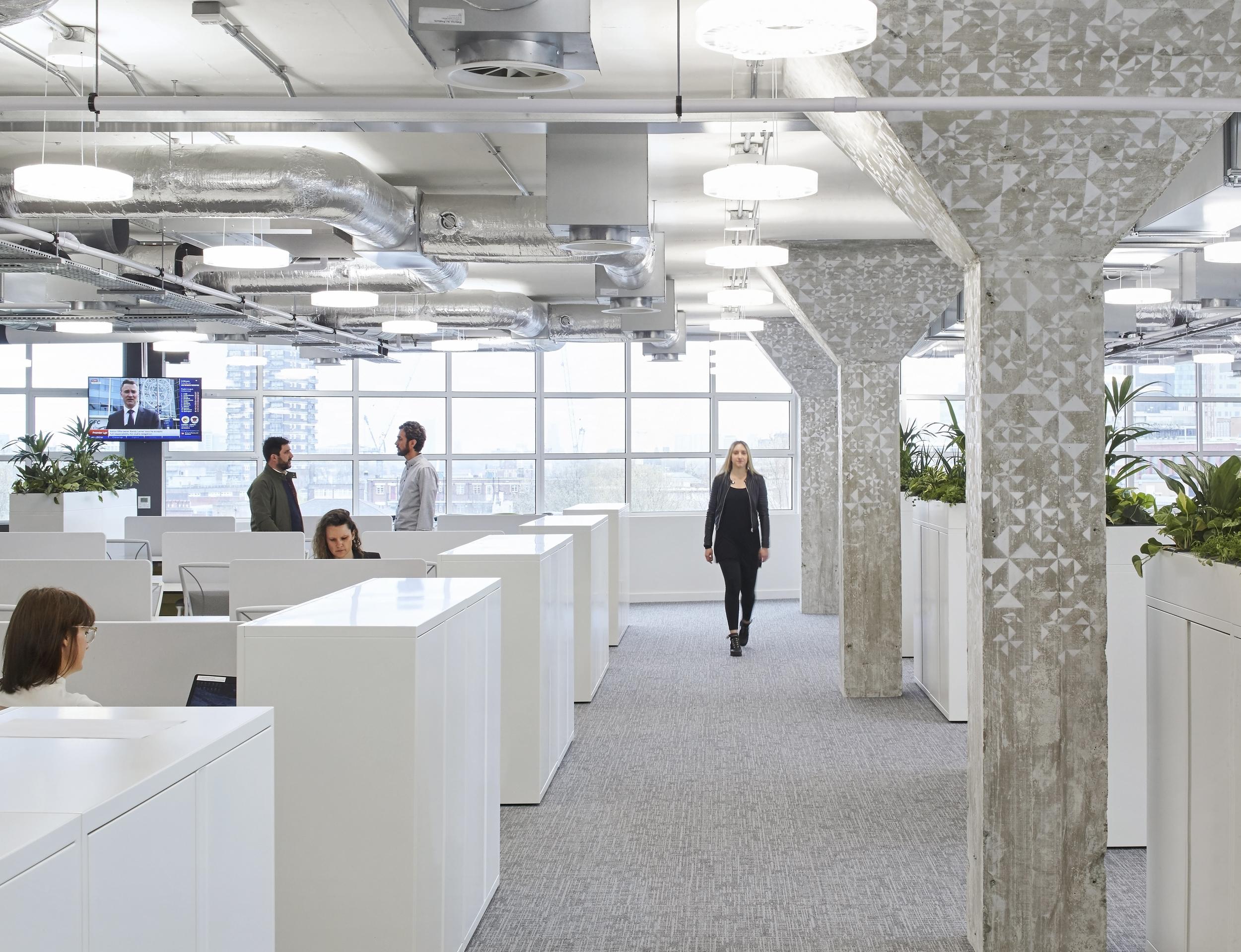 HLW_SKY offices_Brick Lane_-®Hufton+Crow_001.jpg