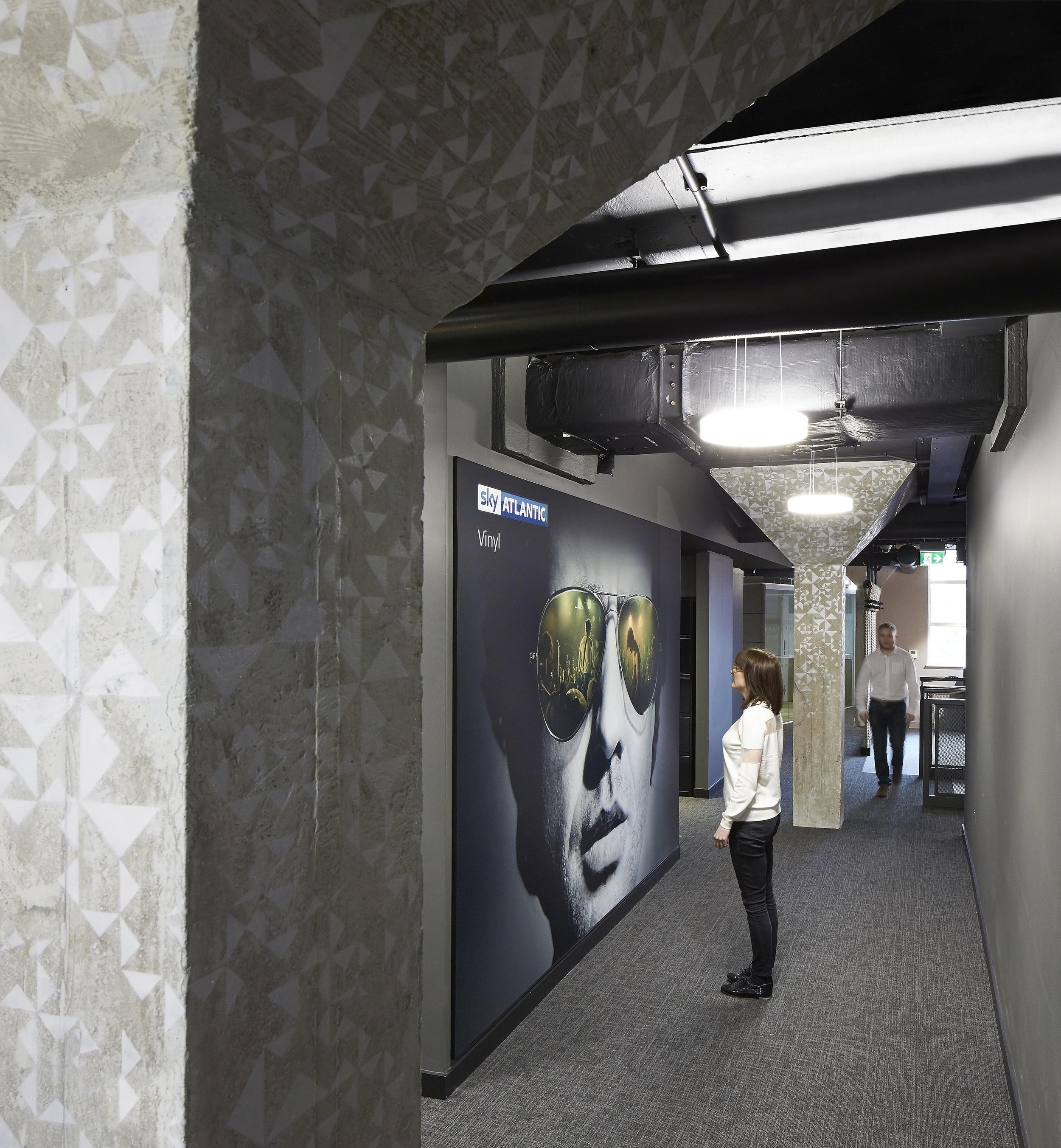 HLW_SKY offices_Brick Lane_-®Hufton+Crow_003.jpg