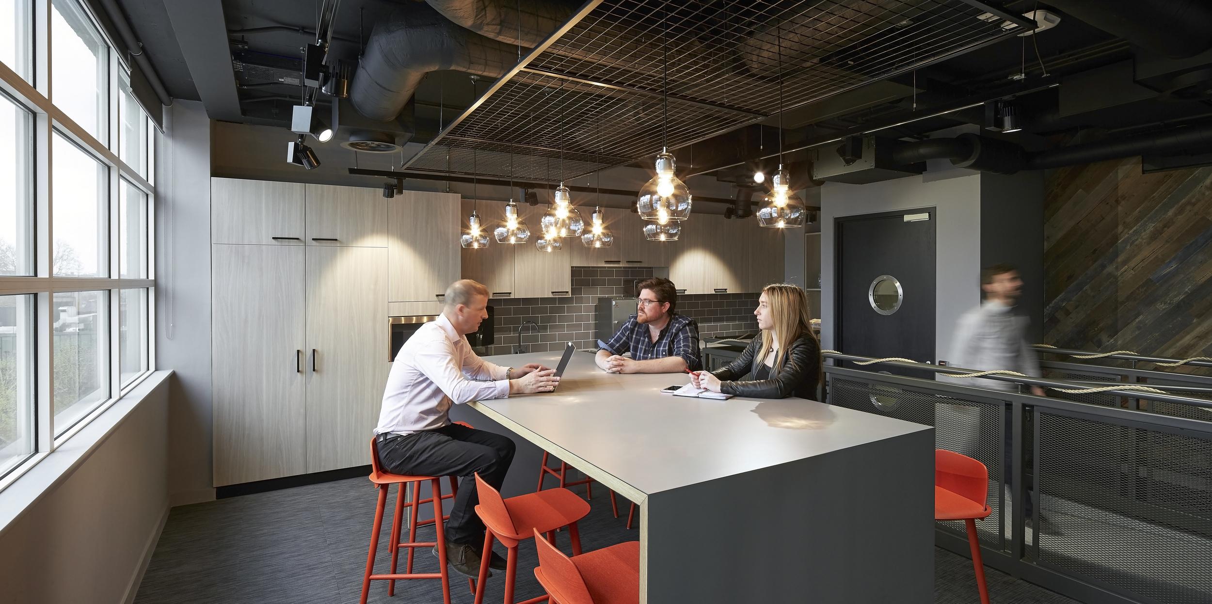 HLW_SKY offices_Brick Lane_-®Hufton+Crow_009.jpg