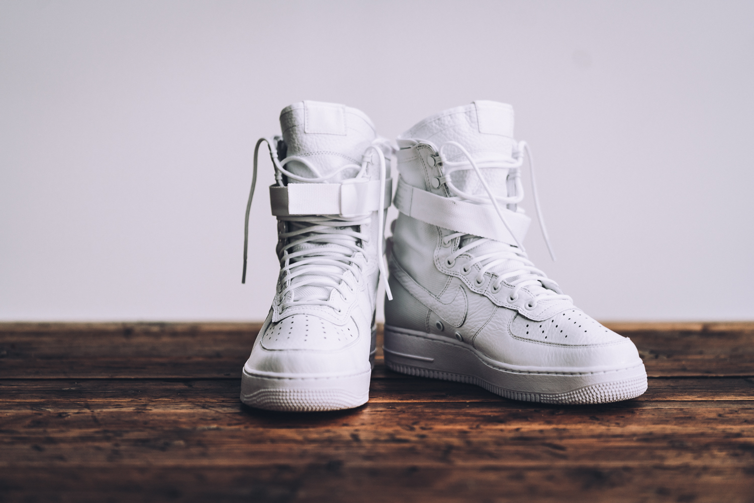 Nike Air Force 1 Special Field All White